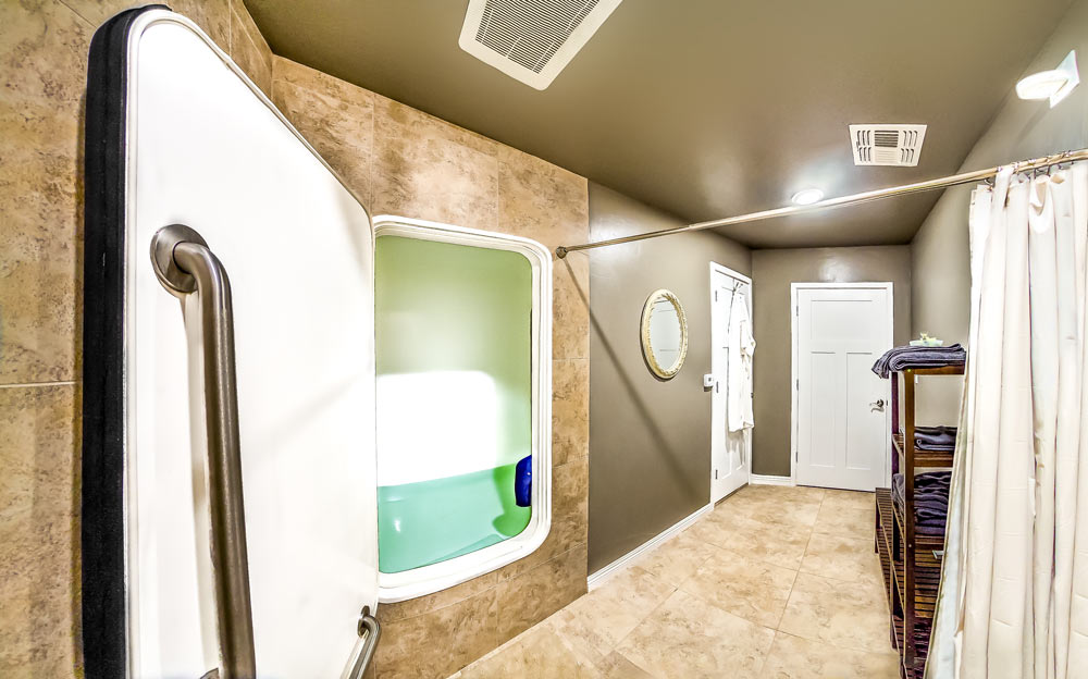 sensory deprivation float therapy suite