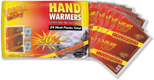 Stylish Travel Girl's Holiday Gift List: Heat Factory Hand Warmers || http://bit.ly/1N5RYkB