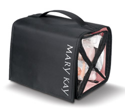 Mary Kay Travel Roll-up Cosmetic and Toiletry Bag - fw.to/CRiETiX