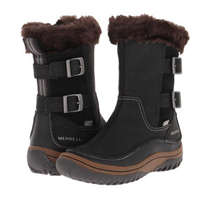 Stylish Travel Girl's Holiday Gift List: Merrell Decora Chant fur-lined winter hiking and everyday zip-up boot || http://bit.ly/1NyXgzi