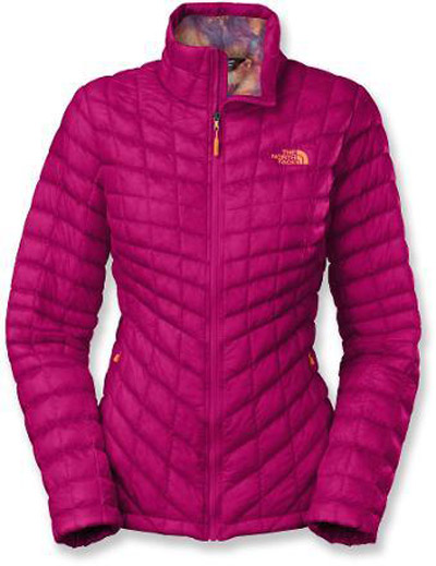 Stylish Travel Girl's Holiday Gift List: The North Face Thermoball Synthetic Fill Insulation Jacket || http://bit.ly/1N66tVw