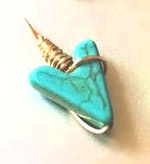 Stylish Travel Girl Turquoise Arrow Gold Wire-Wrapped Pendant